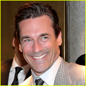 Jon Hamm on His Large Manhood: It's 'Not the Worst' Rumor