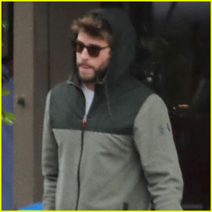 Liam Hemsworth Spends Time WIth Family in Malibu