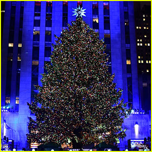 'Christmas in Rockefeller Center' Tree Lighting 2016 - Performers & Celebrity Guests!