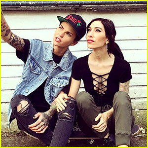 Ruby Rose & The Veronicas' Jess Origliasso Are Dating Again!