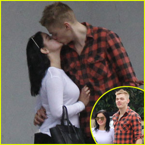 Meet Ariel Winter's New BF Levi Meaden With 5 Fast Facts!