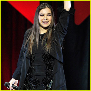 Hailee Steinfeld Is Thankful for Her Two Critics' Choice Noms!