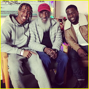 Kevin Hart Surprises Nick Cannon During Christmas Hospital Stay