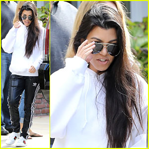 Kourtney Kardashian Shows Off Dining Room Where She'll Host Family for Christmas Brunch!