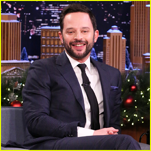 VIDEO: Nick Kroll Thinks He Might Have Poisoned Chris Pratt During Broadway Show 'Oh, Hello'