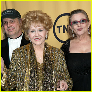 Todd Fisher Posts Touching Tribute to Mom Debbie Reynolds & Sister Carrie Fisher