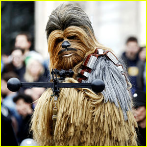 VIDEO: Star Wars' Chewbacca Sings 'Silent Night'!
