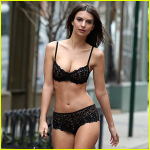 Emily Ratajkowski Walks Down the Street in Her Underwear!