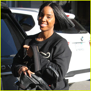 Kelly Rowland Grabs Lunch in Beverly Hills