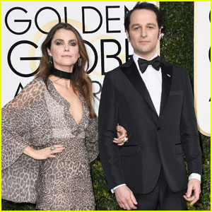 Keri Russell & Matthew Rhys Couple Up for Golden Globes 2017