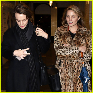 Mumford Wives Carey Mulligan & Dianna Agron Hang Out Together in London!