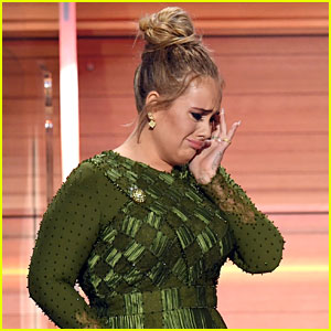 Adele Tearfully Dedicates Album of the Year Grammy to Beyonce (Video)