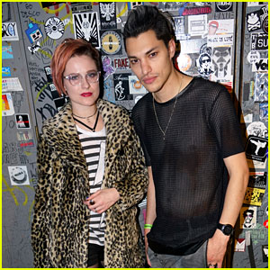 Evan Rachel Wood & Fiance Zach Villa Perform Special Show as Rebel & a Basketcase! (Exclusive Photos)
