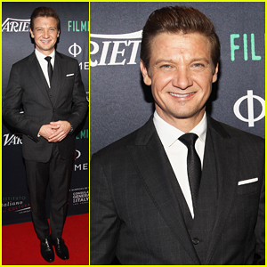 Jeremy Renner Honored At 'Filming in Italy' Festival!