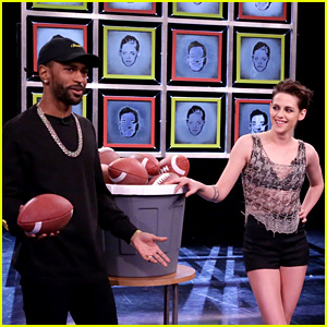 Kristen Stewart & Jimmy Fallon Throw Footballs at Each Other's Faces for 'Facebreakers'