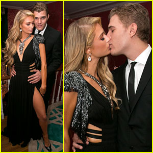 Paris Hilton & Chris Zylka Flaunt PDA at Oscars Party 2017!