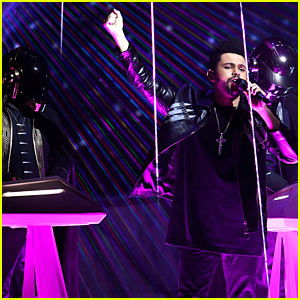 The Weeknd & Daft Punk Perform 'I Feel It Coming' at Grammys 2017 (Video)
