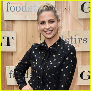 'Buffy the Vampire Slayer' Cast Weighs in on Revival (Video)