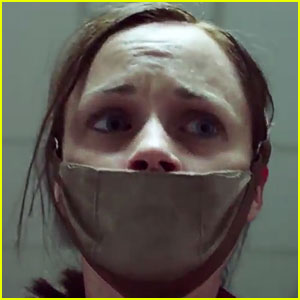'The Handmaid's Tale' Trailer Debuts - Watch Now!