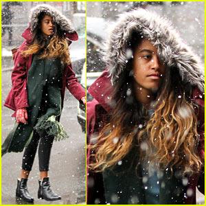 Malia Obama Braves the Snow En Route to Her Internship