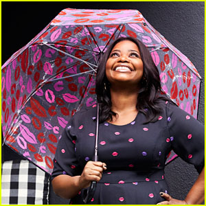 Octavia Spencer Reveals The Best Advice She's Ever Received (& It Came From Whoopi Goldberg)
