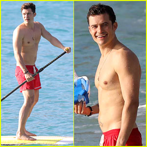 Orlando Bloom Goes Paddle Boarding, But Keeps His Shorts On!