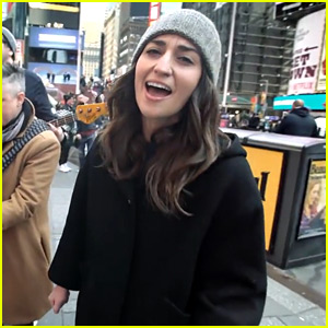 Sara Bareilles Sings 'Waitress' Song in Times Square! (Video)