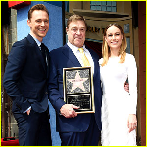 Tom Hiddleston & Brie Larson Support 'Kong' Co-Star John Goodman at Walk of Fame!