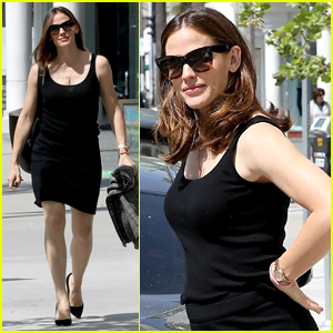 Jennifer Garner Runs Errands After 'Juno' Live Reading