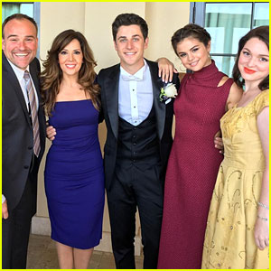 Selena Gomez Reunites With 'Wizards' Co-Stars for David Henrie's Wedding!