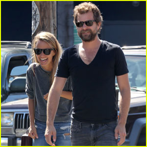 Joshua Jackson Laughs It Up With Mystery Girl in Venice