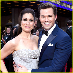 Andrew Rannells & 'Falsettos' Cast Walk Tonys Red Carpet!