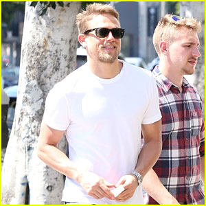 Charlie Hunnam Hangs with Pals in Hot New Photos