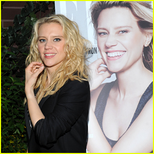 Kate McKinnon Celebrates Her 'Elle' Cover at Women in Comedy Event