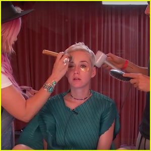 Watch Katy Perry Get Her Makeup Done on Her Live Stream!