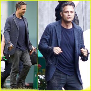 Mark Ruffalo Gets Ready to Morph Into The Hulk on 'Avengers: Infinity War' Set