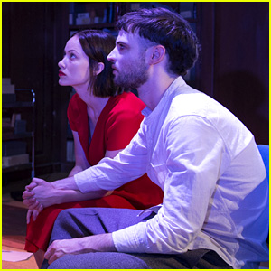 Olivia Wilde & Tom Sturridge Hold Hands in '1984' First Look!