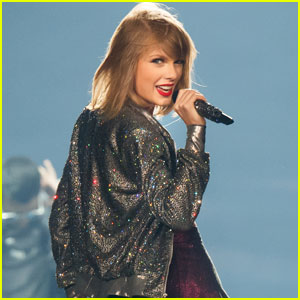 Taylor Swift Makes $400K By Streaming Her Songs Again