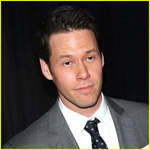 Mindy Project's Ike Barinholtz Suffered Broken Neck After Movie Stunt