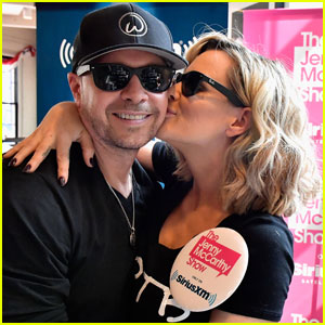 Jenny McCarthy Supports Donnie Wahlberg & NKOTB in Boston