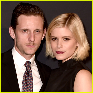 Kate Mara & Jamie Bell Show Off Wedding Rings in New Selfie