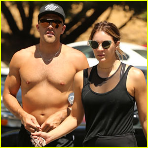 Katharine McPhee & New Boyfriend Nick Harborne Go Hiking Together