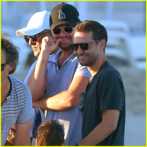 Leonardo DiCaprio & Tobey Maguire Relax On a Yacht in St. Tropez