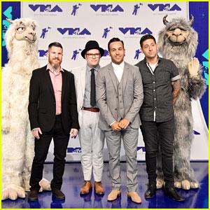 Fall Out Boy Bring Their Llamas to MTV VMAs 2017 Red Carpet
