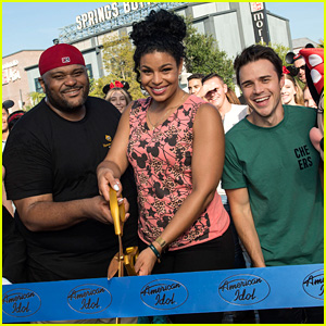 Former 'American Idol' Winners Kick Off Auditions for ABC Reboot at Disney World