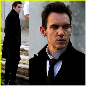 Jonathan Rhys Meyers Films 'Aspern Papers' in Venice