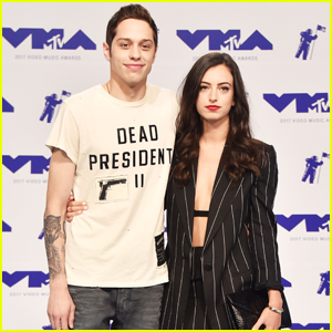 Pete Davidson Brings Girlfriend Cazzie David to MTV VMAs 2017!