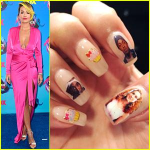 Rita Ora Wears Awesome Nail Art to Teen Choice Awards 2017!