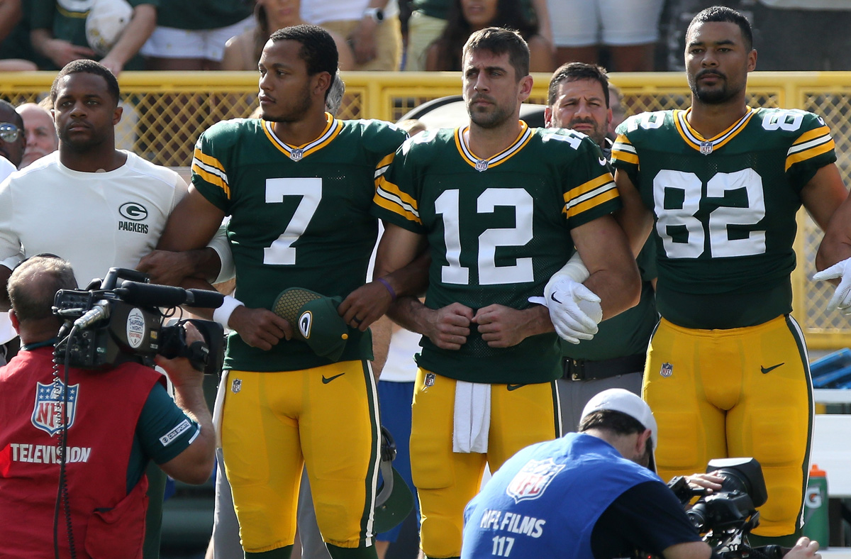 Aaron Rodgers Takes on Those Opposed to NFL s Anthem Protest