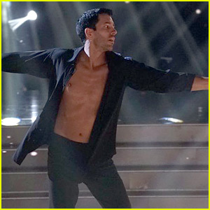 Drew Scott Shows Off His Spray Tan on 'DWTS' Latin Night (Video)